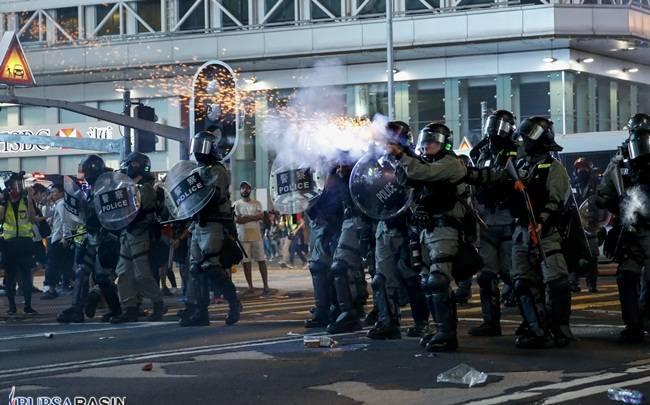 Dünyanın Dört Bir Yanı Halk Gösterileriyle Kaynıyor