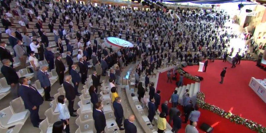 CHP'de 37. Olağan Kurultayı Toplandı! Genel Başkan Seçimleri Yapılacak!