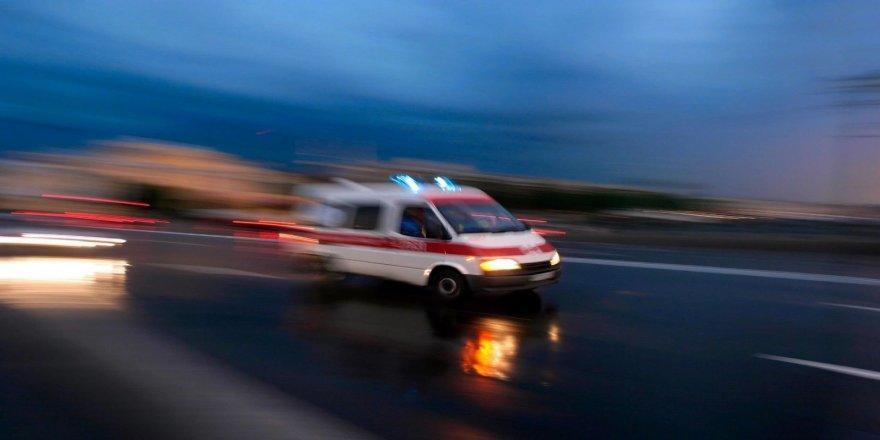 Bursa'da kaza!Traktöre çarpan kamyonetsürücüsü öldü
