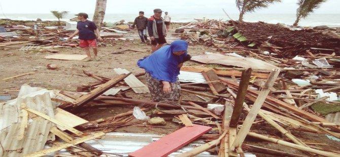 Tsunami Endonezya'yı vurdu : Ölü sayısı 168
