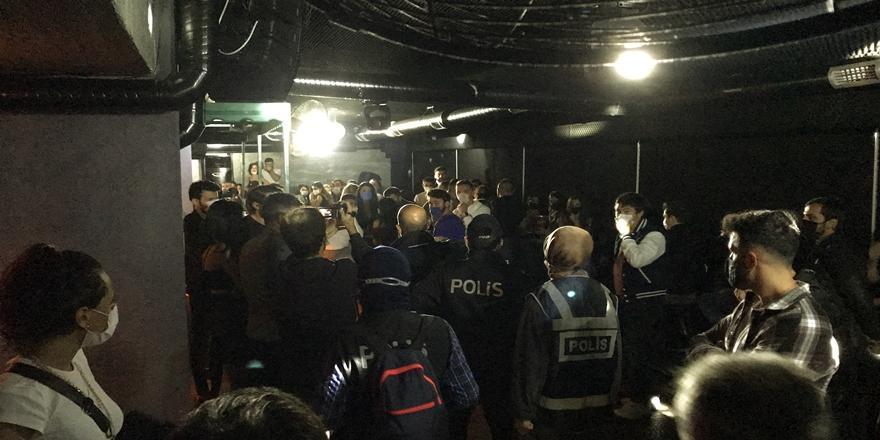 Bursa'da Koronavirüs Tedbirlerine Uymayanlara Ceza Kesildi