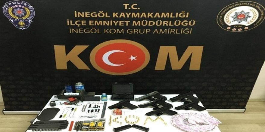 Bursa'da uyuşturucu ve kaçakçılık operasyonu! Yakalanan kişi serbest...