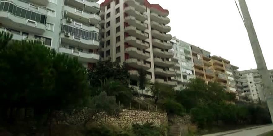 Bursa'da Yıkılan Bina Enkazında 1 Kişinin Kaldığı İhbarı!