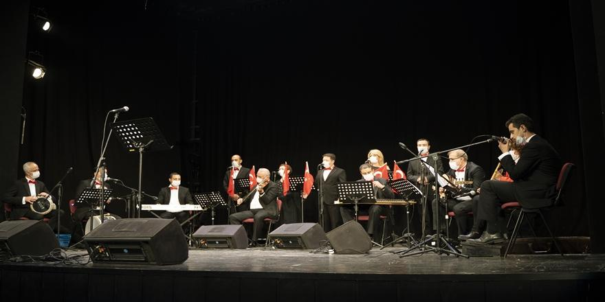 Bursa'da TSM Sanatçılarından Cumhuriyet Bayramı Konseri