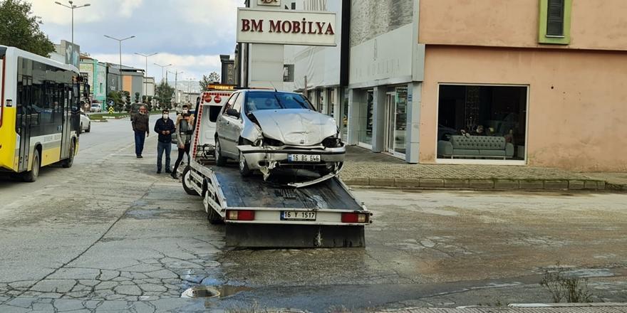 Bursa'da Trafik Kazası! 1 Kişi Yaralandı