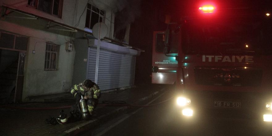 Bursa'da Yangın! Binada Maddi Hasar Oluştu