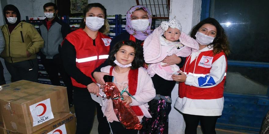 Bursalı Erva Doğum Günü Hediyesini İzmir Depreminin Sembolü Ayda'ya Gönderdi
