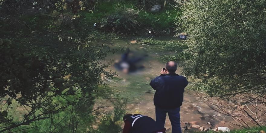 Bursa'daki Deliçay Deresinde Erkek Cesedi Bulundu