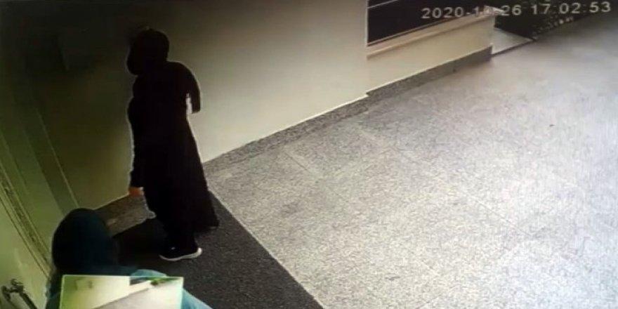 Nilüfer'de hırsızlık! Ziline basıp kapıları açılan binadahırsızlık yaptılar