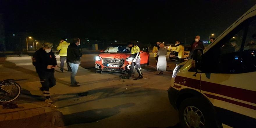Bursa'da Kaza! Otomobille Çarpışan Motosiklet Sürücüsü Ağır Yaralandı