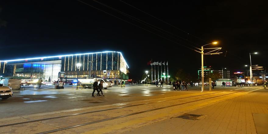 Bursa'da Kovid-19 Tedbirleri Kapsamında Alınan Kararlar Uygulanmaya Başlandı