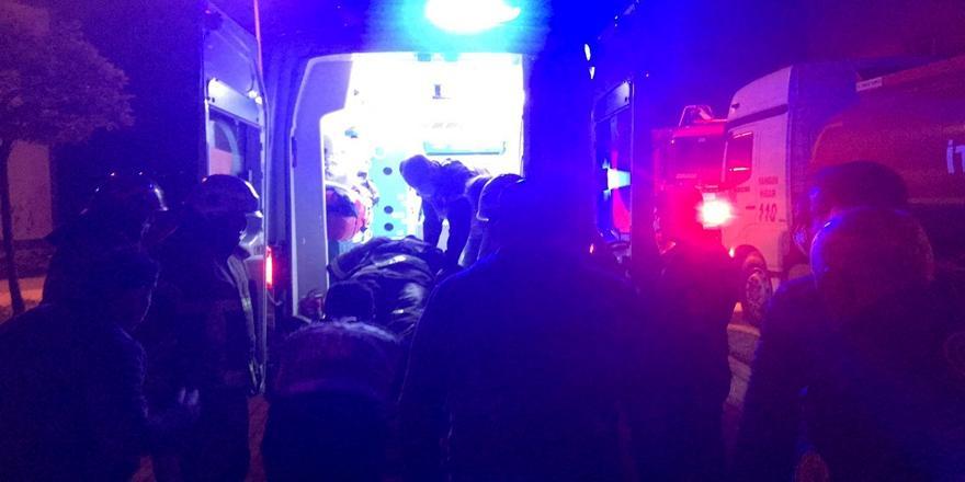 Bursa'da İtfaiye Eri Yangına Müdahale Ettikleri Evin İkinci Katından Düştü