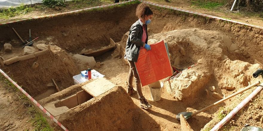 İznik'te 1500 Yıllık Kitabe Ortaya Çıkarıldı