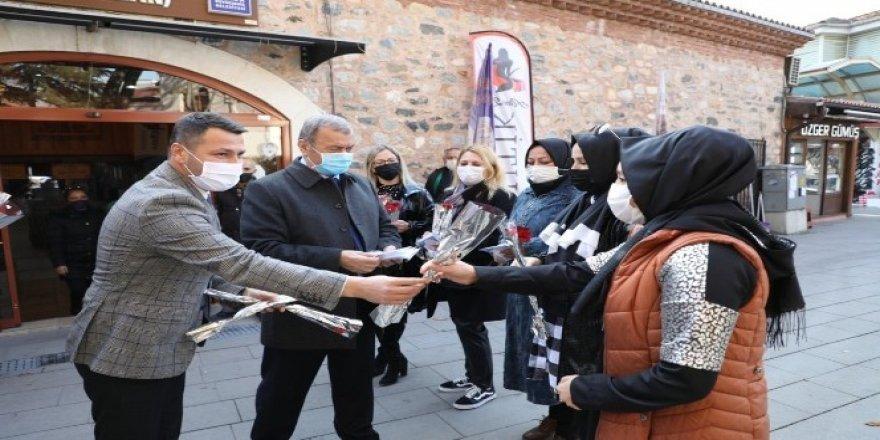 İnegöl Belediyesi'nden Kadına Yönelik Şiddetle Mücadele Günü Etkinliği
