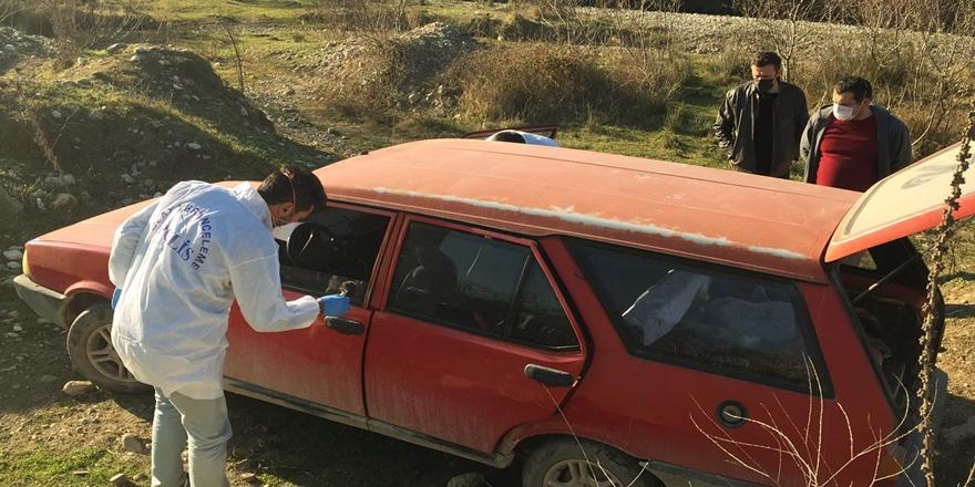Bursa'da Dur İhtarına Uymayan Hırsız Otomobili Bırakıp Kaçtı