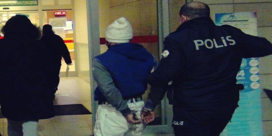 Bursa'da Sokağa Çıkma Yasağına Uymayan Ve Polislere Saldıran 2 Kardeş Gözaltına Alındı