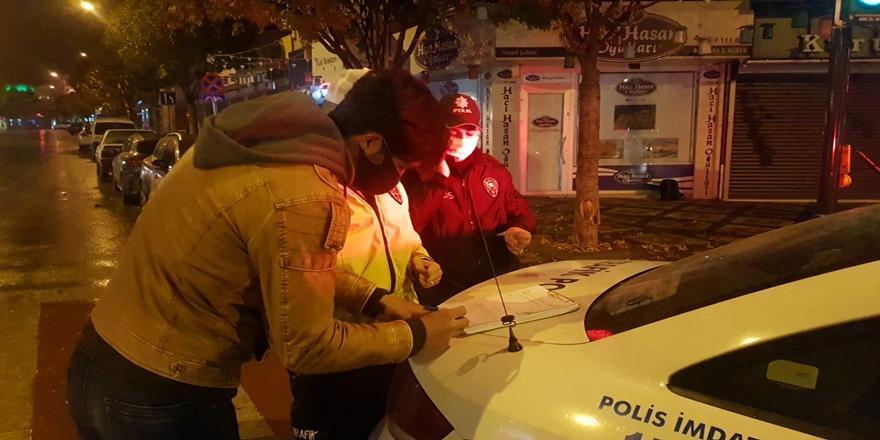 Bursa'da Sokağa Çıkma Kısıtlamasını İhlal Eden 11 Kişiye Ceza