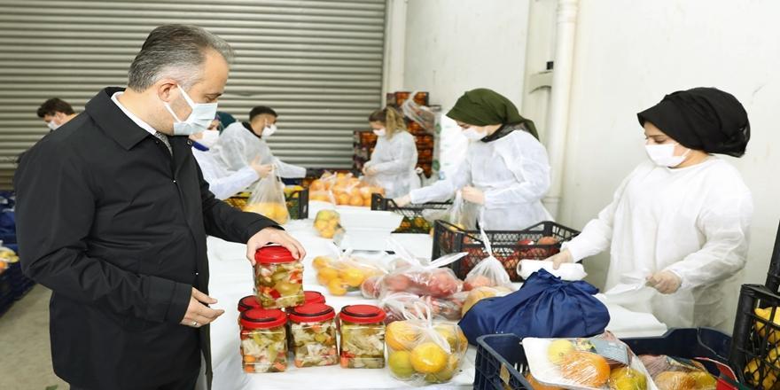 Bursa'da Büyükşehir Belediyesi'nden Sağlık Çalışanlarına Vitamin Destek Paketi