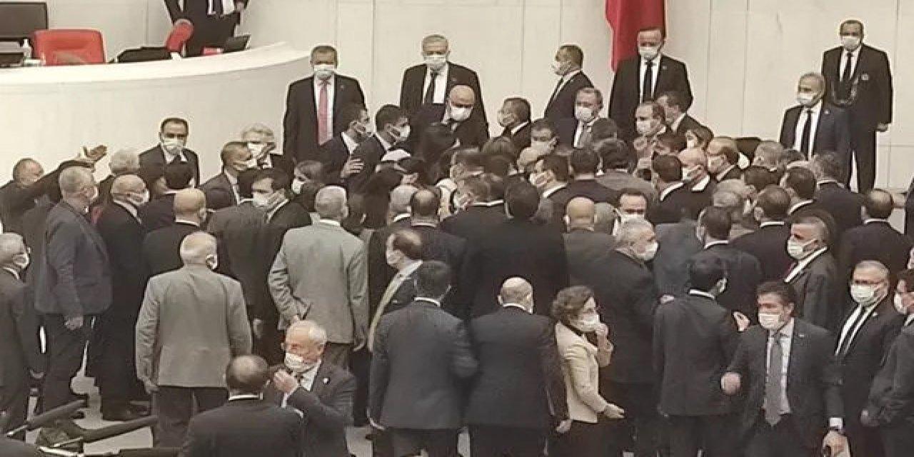 Meclis'te AK Partili Vekiller ve HDP'li Vekiller Arasında Gerginlik Çıktı!