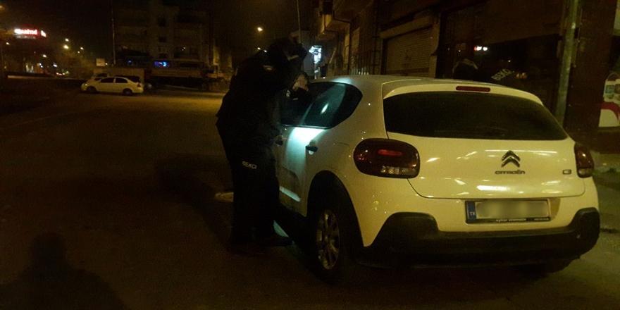 Bursa'da Polisin Dur İhtarına Uymadı, Aracı Bırakıp Kaçtı