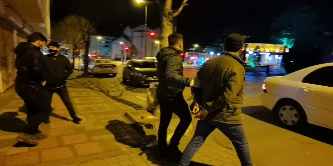 Bursa'da Uyuşturucu Operasyonlarında 2 Şüpheli Tutuklandı