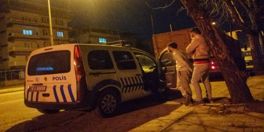 Bursa'da Koronavirüs Tedbirlerine Uymayıp Kümeste Çay İçenlere Ceza Yazıldı