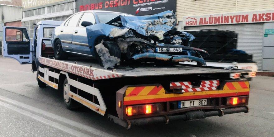 Bursa'da Kaza! Sosyal Medyada Canlı Yayın Yaparken Kazayı Görüntüledi