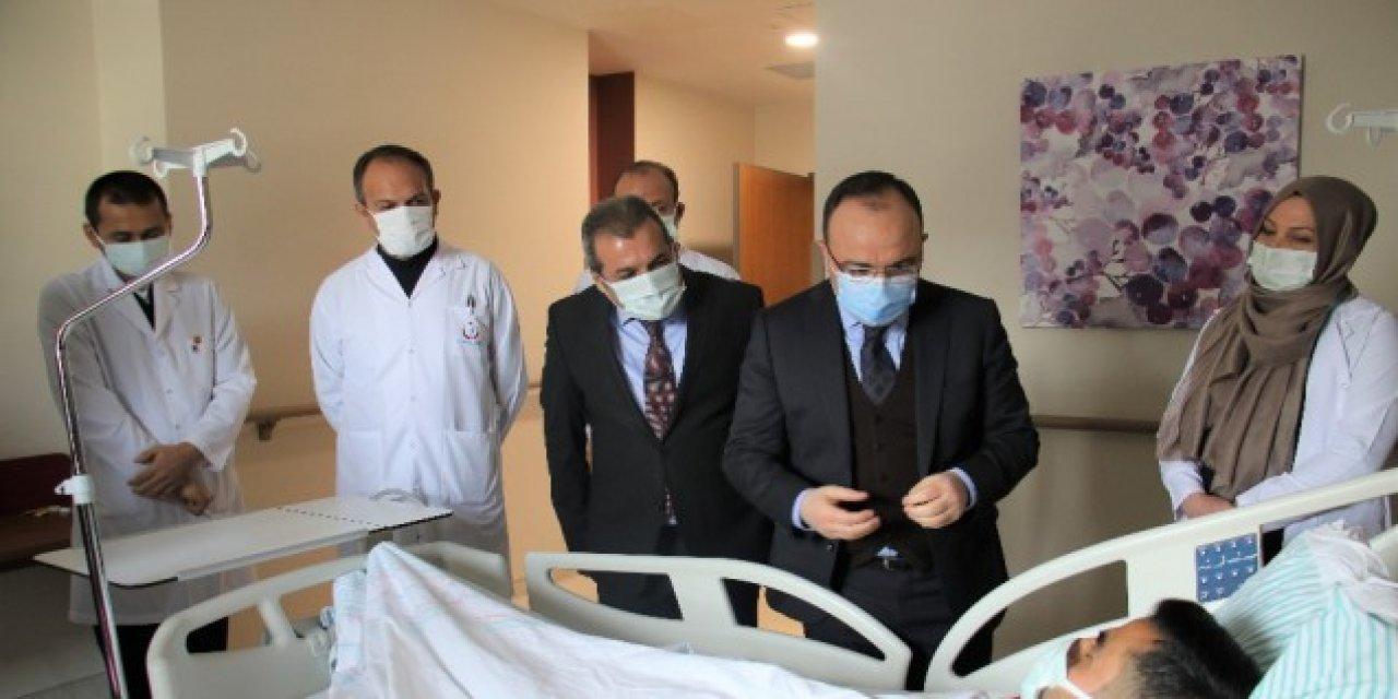 Elazığ'da 5.3'lük Depremde Balkondan Atlayan Adam O Anları Anlattı.