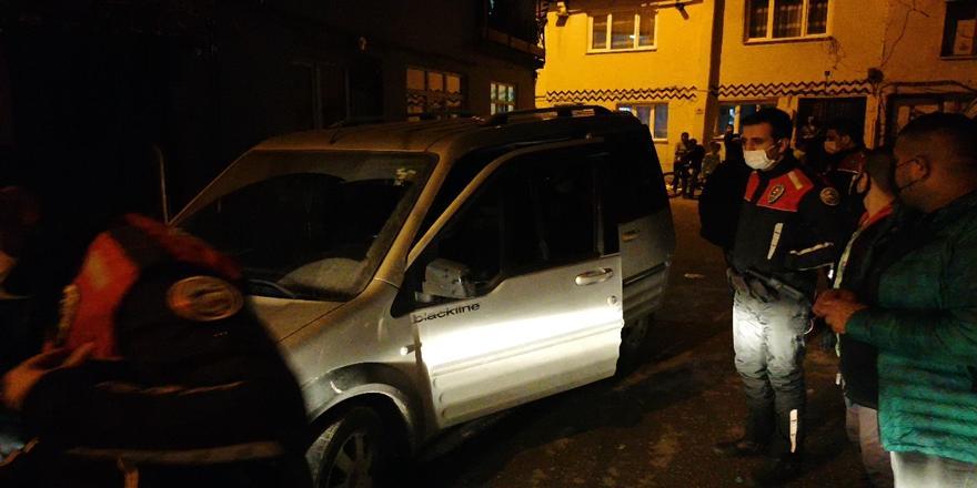 Bursa'da Polisin Dur İhtarına Uymayarak Kaçan Sürücü Ve Arkadaşlarına Ceza Kesildi