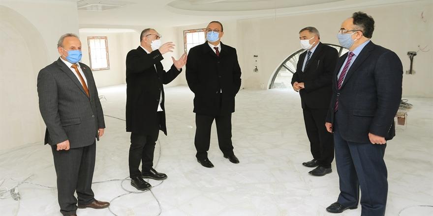 Vali Canbolat Bursa İl Müftülüğü Ek Binasında İncelemelerde Bulundu