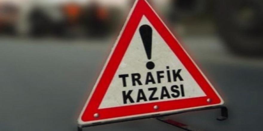 Mudanya'da Trafik Kazası! 2 Kişi Yaralandı