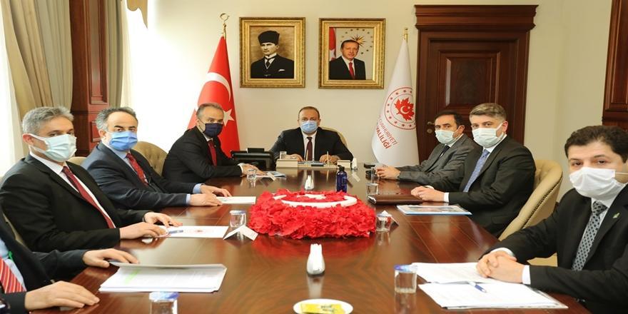 Bursa Valisi Canbolat Heyelan Değerlendirme Toplantısına Başkanlık Etti