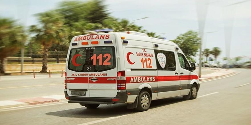 Bursa'da İş Kazası! Üzerine Palet Devrilen İşçi Yaralandı