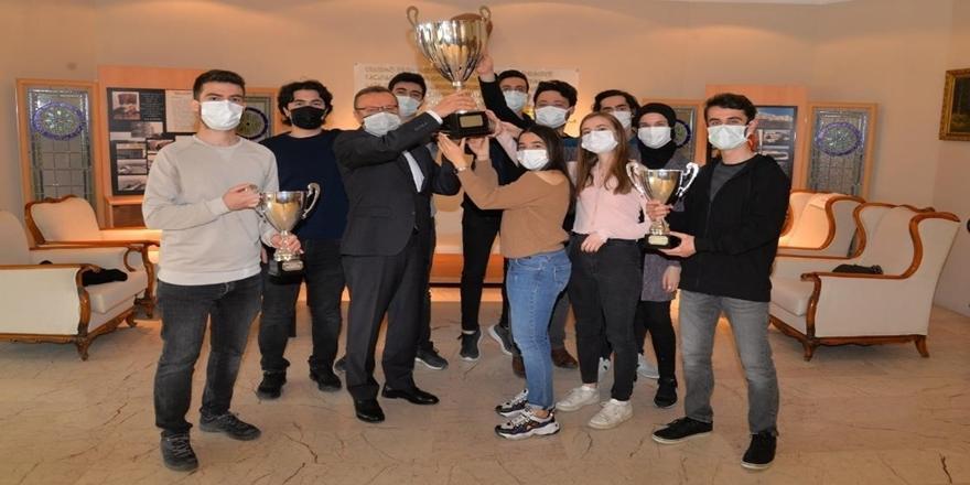 Bursalı Öğrencilere Shell Eco Marathon Avrupa 2021 Yarışması'nda Birincilik Ödülü