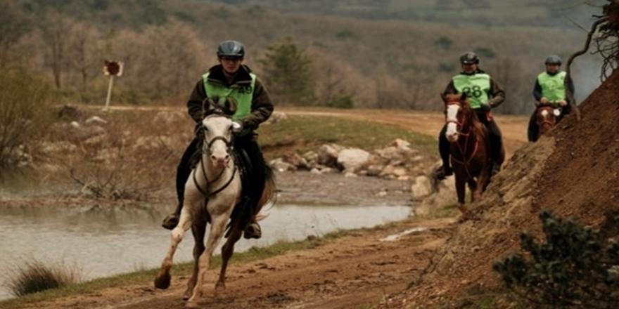 Tabiat Endurance Atlı Dayanıklılık Yarışları Kestel'de Düzenlendi