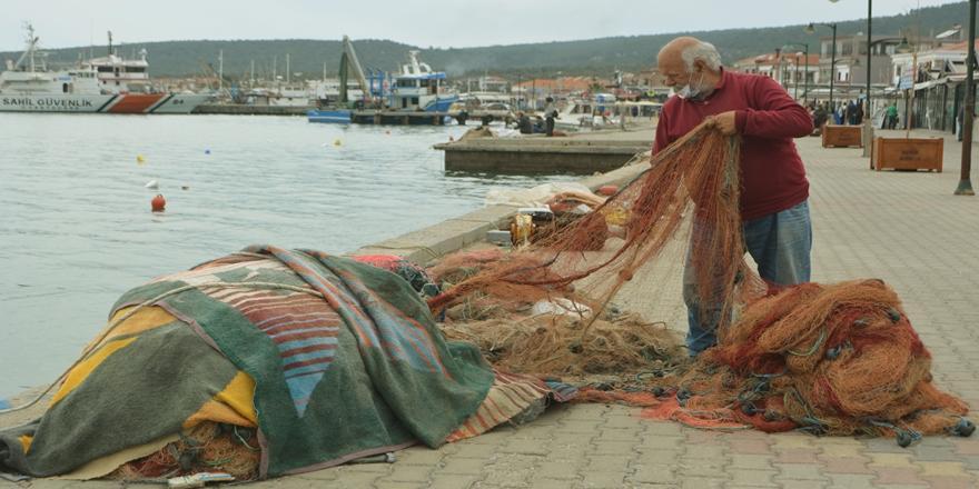 Av Sezonu Güney Marmara'da Balıkçıları Üzerken Kuzey Ege'de Yüzleri Güldürdü