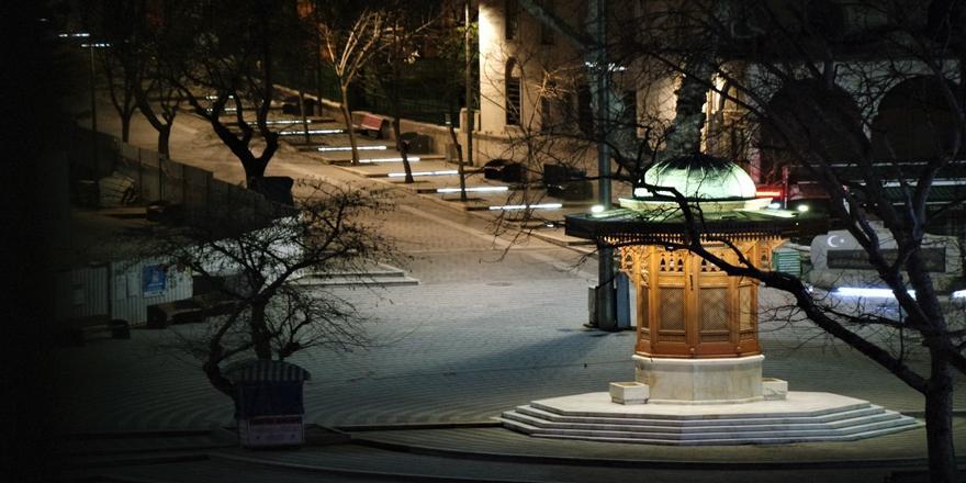 Bursa'da Haftasonu Uygulanan Sokağa Çıkma Kısıtlamasına Uyuluyor