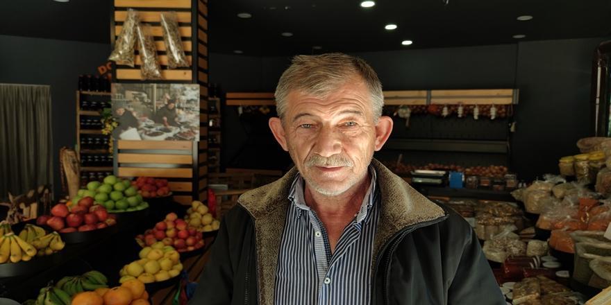 Bursa'da Kalorifer Kazanı Bacasına Sıkışan Martıyı Kurtarma Operasyonu