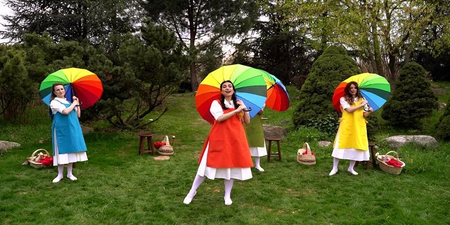 Bursa'da Şehir Tiyatrosundan Çocuklara Özel Bayram Oyunu