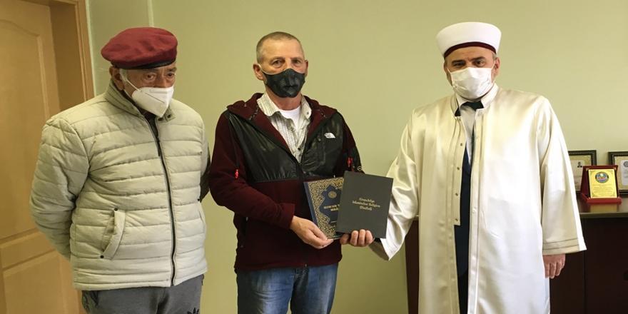 Bursa'da Yaşayan Alman Ramazandan Etkilenip Müslüman Oldu