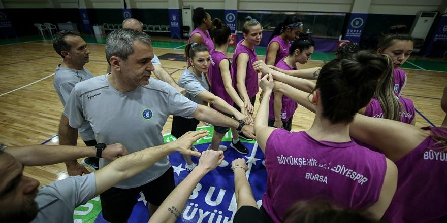 Kadınlar Basketbol Süper Lig'ine Yükselen Bursa Kupasına Kavuşuyor
