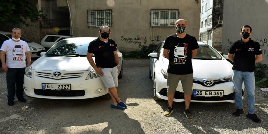 Bursa'da Otomobil Tutkunları Asfaltta Değil İyilikte Yarışıyorlar