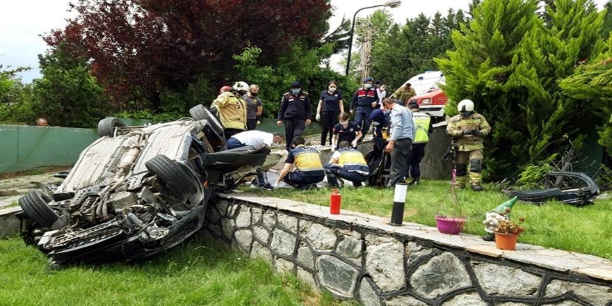 Bursa'da Villa Bahçesine Devrilen Aracın Sürücüsü Hayatını Kaybetti