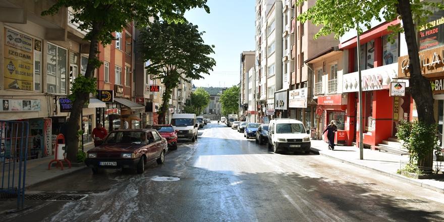 Bursa'da Arife Günü Tam Kapanmadan Dolayı Sakin Geçiyor