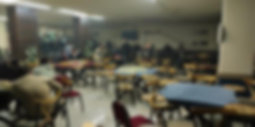 Bursa'da Kafeteryada Bulunan 25 Kişiye Ceza Kesildi