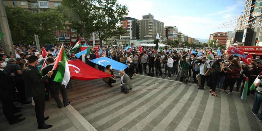 Filistin Ve Doğu Türkistan Olayları Bursa'da Protesto Edildi