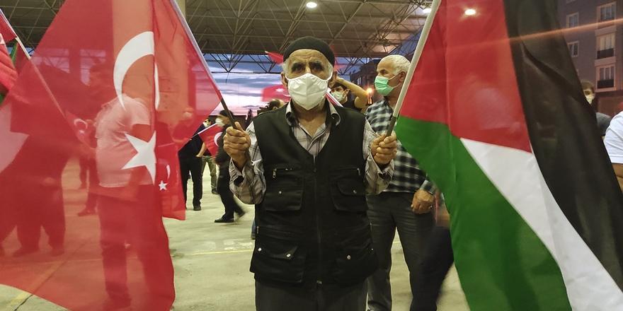 İsrail'in Filistin'e Yönelik Saldırıları Gürsu'da Protesto Edildi