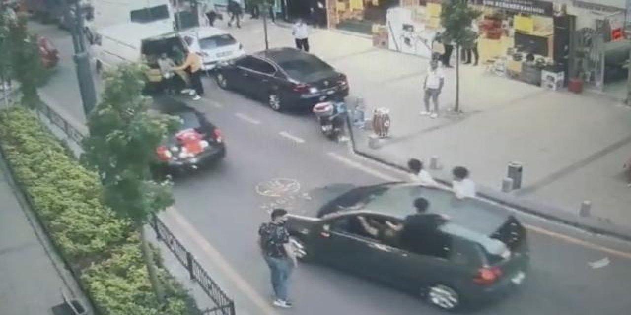 İstanbul'da Asker Konvoyu Polis Merkezinin Önünde Son Buldu!