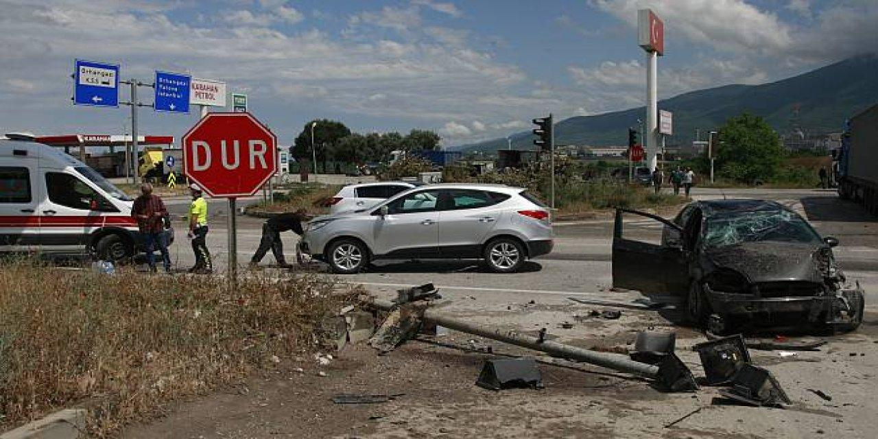 Osmangazi'de Sağanak Nedeniyle Kaza Meydana Geldi: 3 Yaralı!
