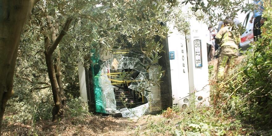 Gemlik'te Kaza! Yolcu Otobüsü Devrildi: 4 Yaralı